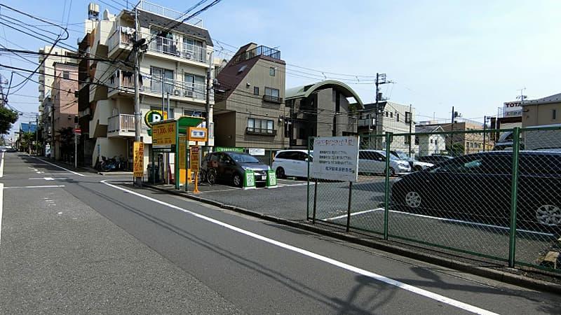 中丸町松沢駐車場